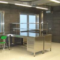 Мебель из нержавеющей стали1